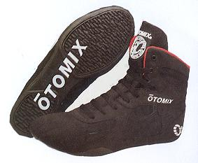 Otomix Stingray Boot Black